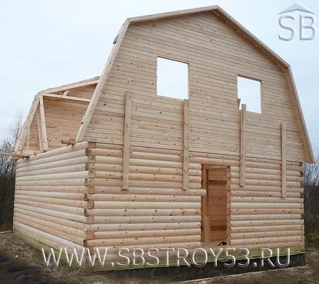 Возведение фронтонов дома из бруса. Размер: 6х8 м.