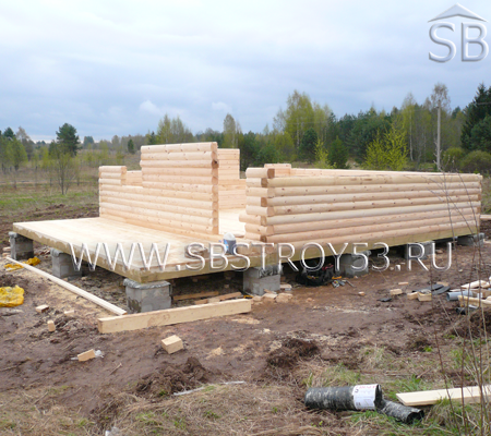 Строительство деревянного дома. Размер: 6х6 м.