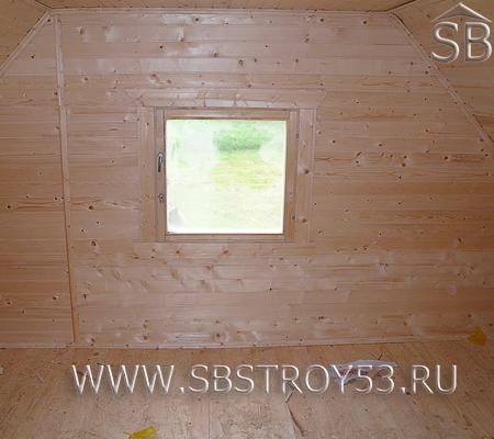 Внутренняя отделка мансардного этажа бани из бруса 6х4.