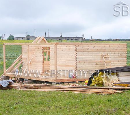 Возведение деревянного дома. Размер: 6х6 м.