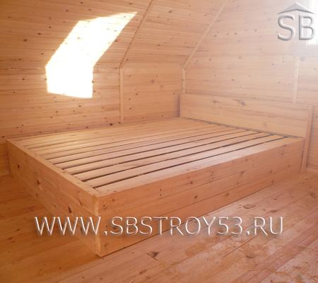 Деревянная кровать по заказу Клиента от наших строителей.