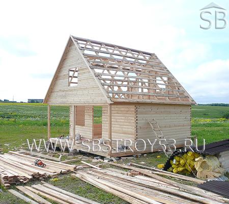 Строительство деревянного дома с мансардой. Размер: 6х6 м.