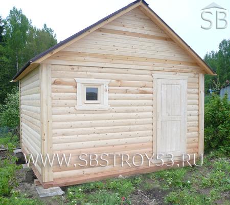 Деревянная одноэтажная баня. Размер: 3x5 м.