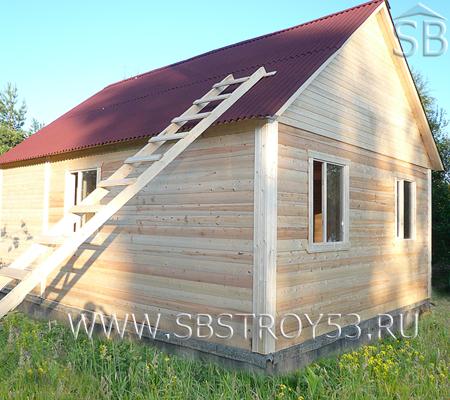 Деревянный одноэтажный дом. Размер: 6.5х7 м.