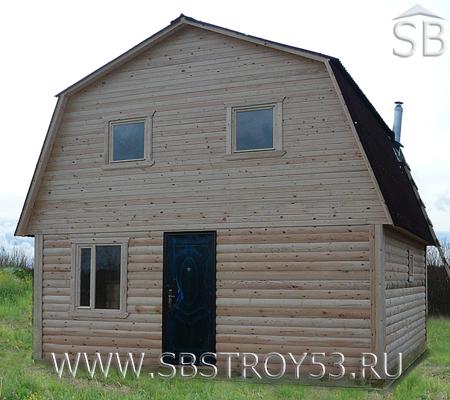 Дом из бруса с мансардой. Размер: 6х8 м.