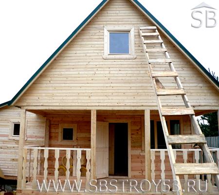 Дом из бруса с верандой 1,5х4 м. Размер дома: 6х6 м.